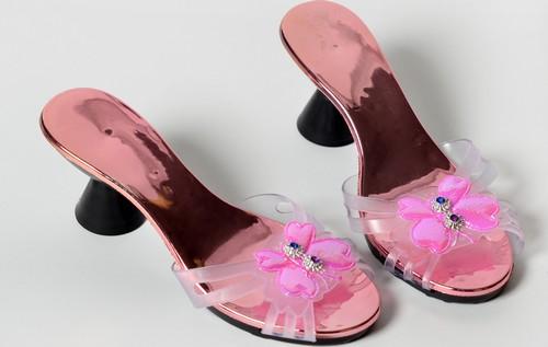 Accessorio  scarpe rosa da principessa per bambina 99a974d3358