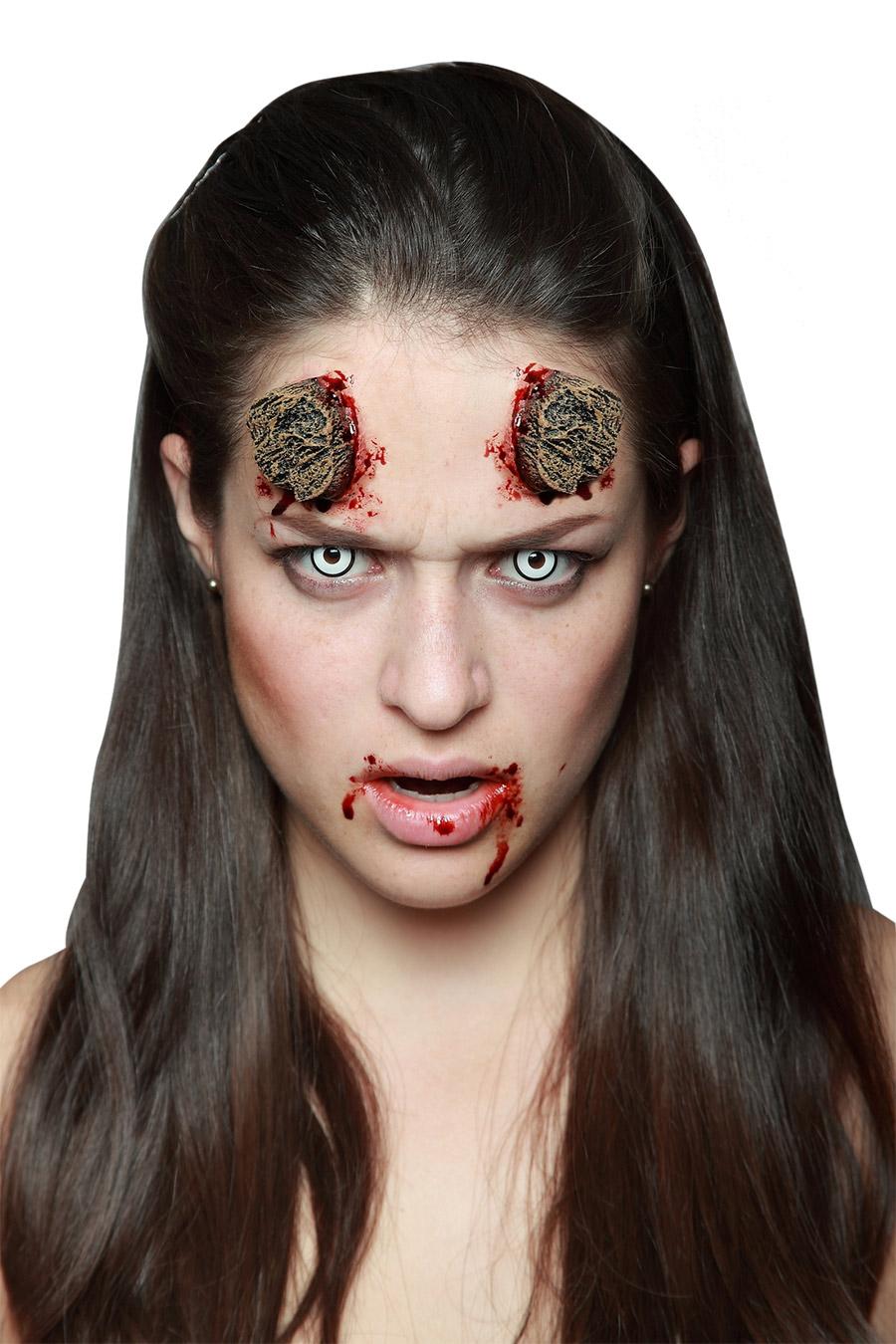 Trucco Halloween: finte corna tagliate: Trucco,e vestiti ...
