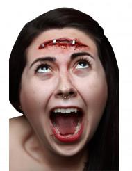 Trucco Halloween: finta cicatrice con punti di spillatrice
