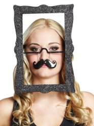 Quadro con occhiali e baffi