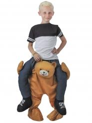 Costume bambino sulle spalle di un orso